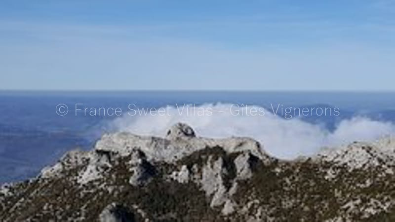 roquetaillade conilhac de la montagne 1 - A l'assaut du pech de Bugarach